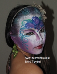 Face Painting, mini makeover party, henna, bump art, glitter tattoo, bump painting, Face Painter, Body Painting and Glitter Tattoos in Oxford and Oxfordshire, Berkshire, Buckinghamshire by Mona Turnbull