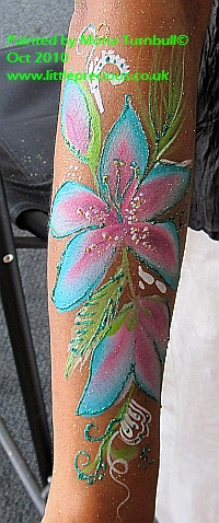Face Painting, Face Painter, Body Painting and Glitter Tattoos in Oxford and Oxfordshire, Berkshire, Buckinghamshire by Mona Turnbull